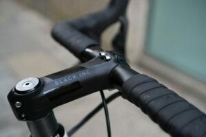 Factor-Bike-Rental-Girona-Eat-Sleep-Cycle-Cockpit