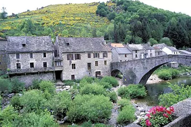 Provence-Eat-Sleep-Cycle-Cycling-Vacation-France