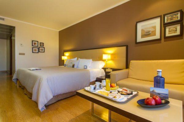 Calpe-Accommodation-Gran-Hotel-Sol-y-Mar-Room