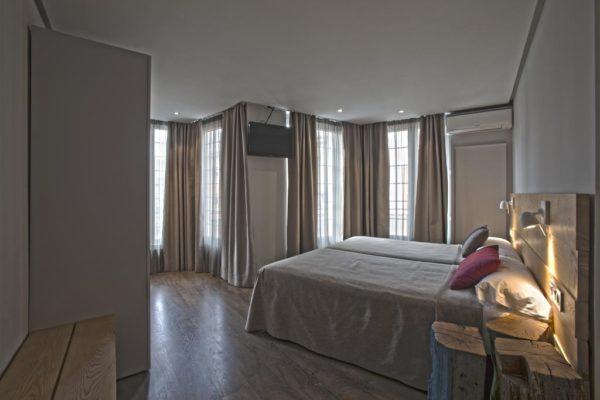 Hotel-Avenia-Pamplona-Vuelta-Espana-Accommodation