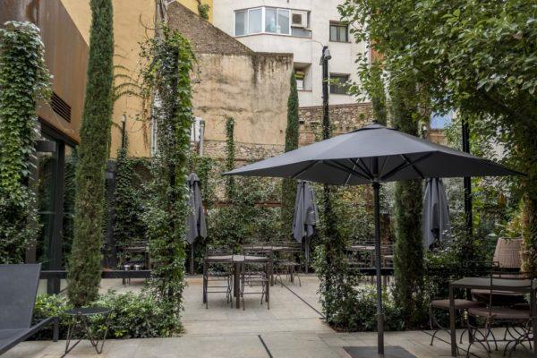 Hotel-Nord-Girona-Cycling-Courtyard