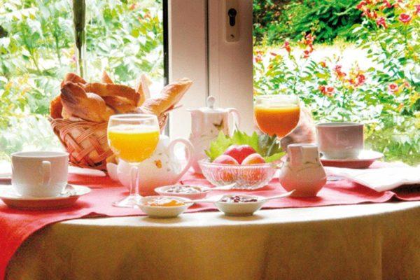 Hotel-Le-Mas-Trilles-Ceret-Masia-Breakfast
