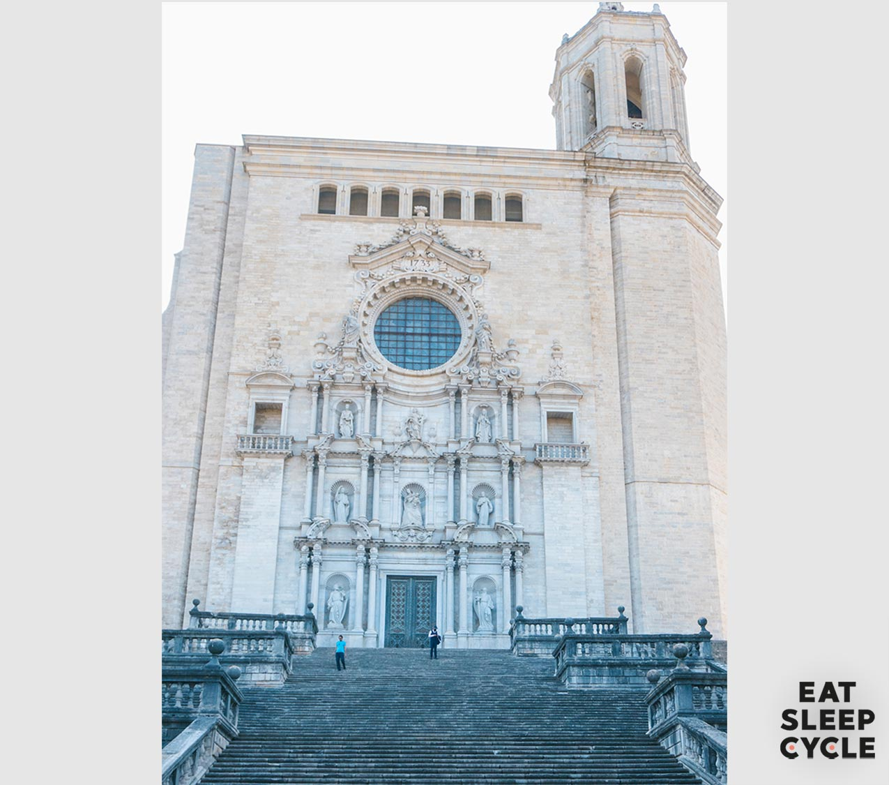 Cafe-Crowdfunding-Campaign-Eat-Sleep-Cycle-Catheddral-Sant-Marie